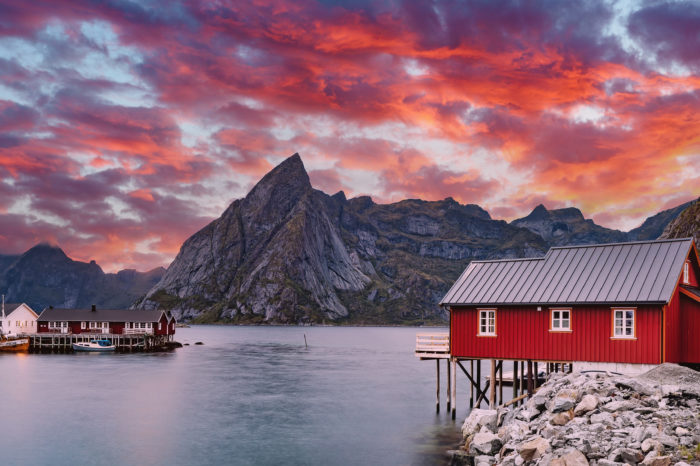 """LOFOTY – Jesienna zorza, trekking oraz warsztaty """"Zwykłe dobre życie"""""""